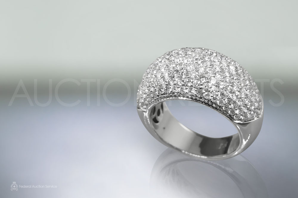 Lady's 14k White Gold Diamond Ring sold for $6,500