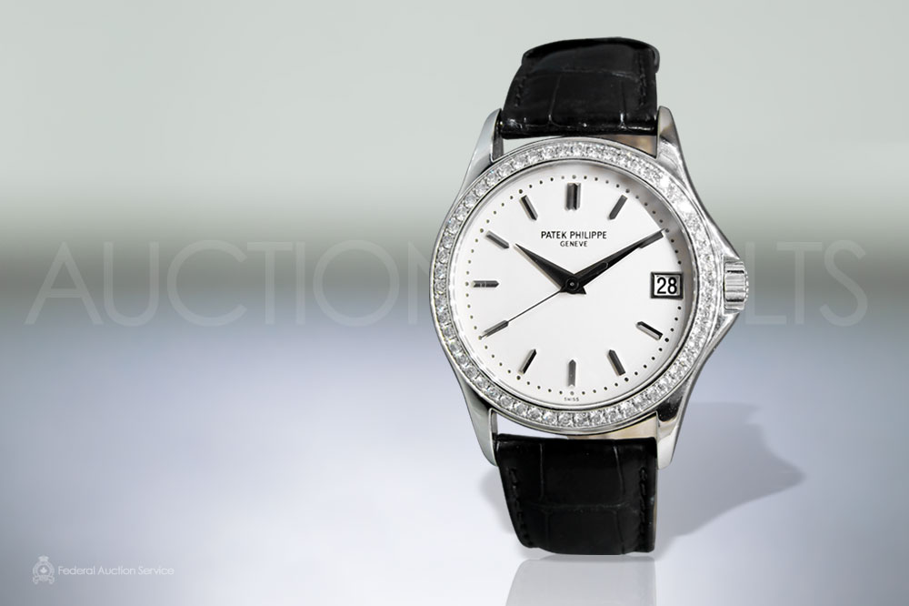Men's 18k White Gold Patek Philippe 'Calatrava' Automatic Wristwatch sold for $31,000